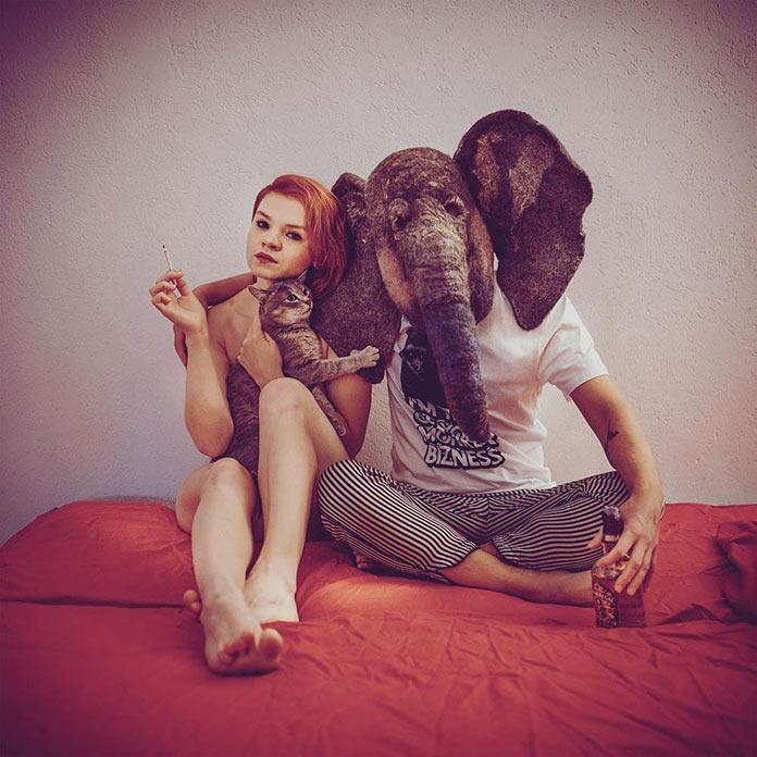 Грустный слон (trunkdrunk) с девушкой