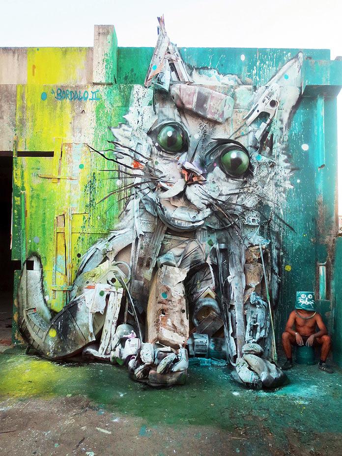 Котенок, скульптура из мусора, стрит-арт Bordalo-II