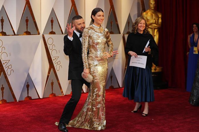 Джастин Тимберлейк и Джессика Бил на красной дорожке. Оскар 2017