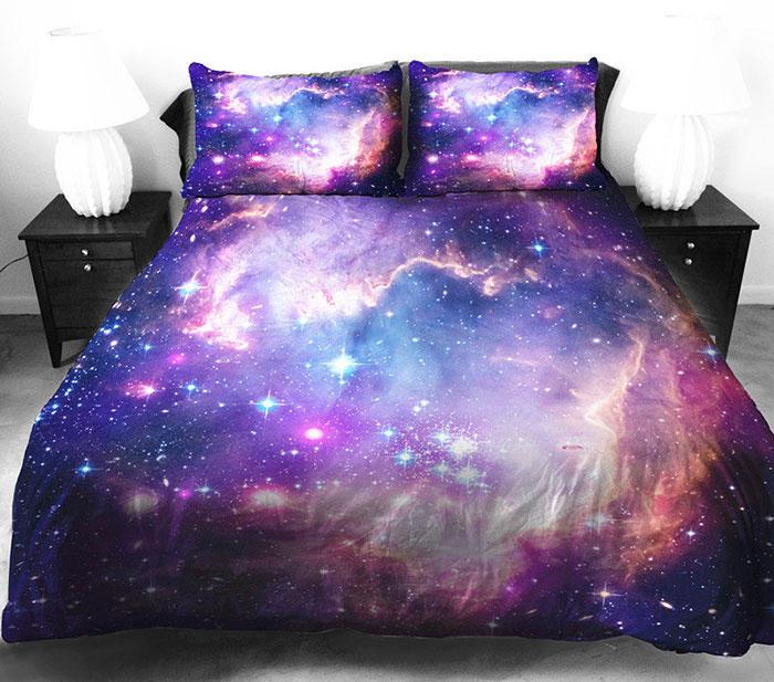 Космическая тема в интерьере - постельное белье Галактика