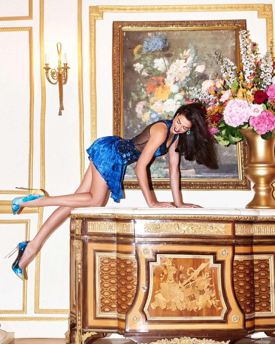 Николь Харрисон в модной фотосессии