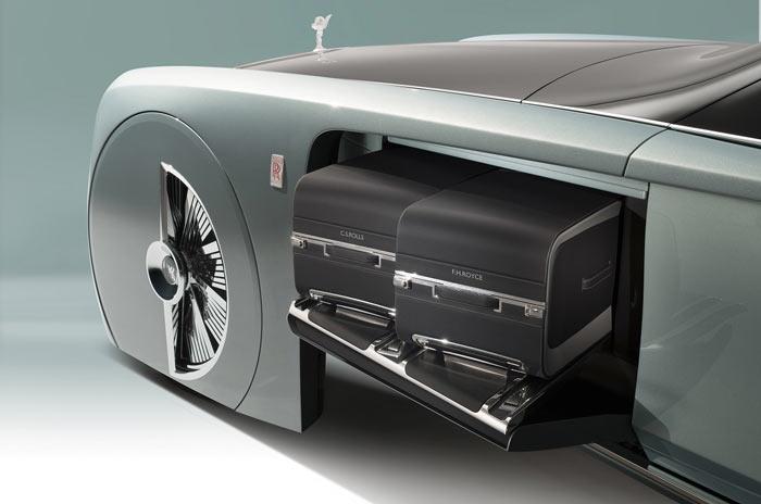 Концепт Rolls-Royce 103EX, багажное отделение