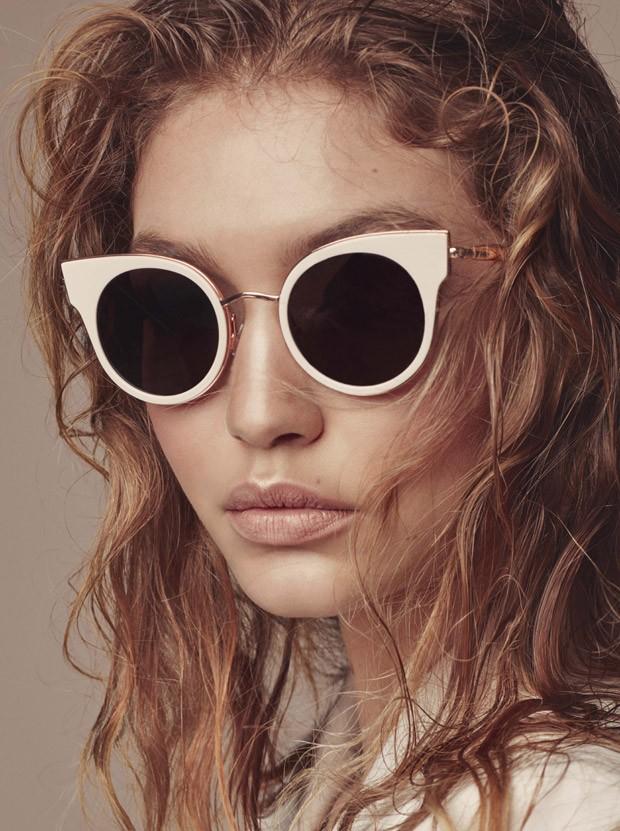Джиджи Хадид в рекламной кампании осенне-зимней коллекции аксессуаров Max Mara Accessories