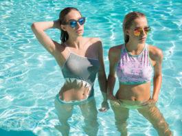 Девушки в бикини, сестры Шэннон и Кейт Баркер