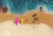 Серфы на линии прибоя, фото Daniel Espirito Santo