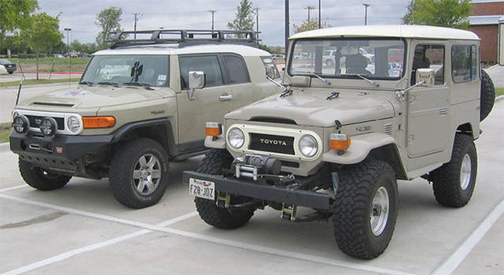 Classic Toyota FJ Cruiser Vs Modern Version