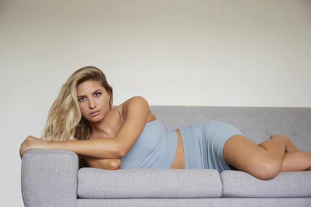 Эмили Кретцер, модель MSA Models LA и LA Models