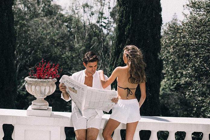 Мужчина и женщина на итальянской ривьере, рекламная съемка для бренда Venroy