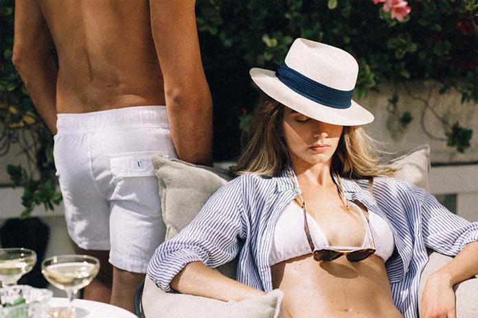 Девушка в бикини. На итальянской ривьере, рекламная съемка для бренда Venroy