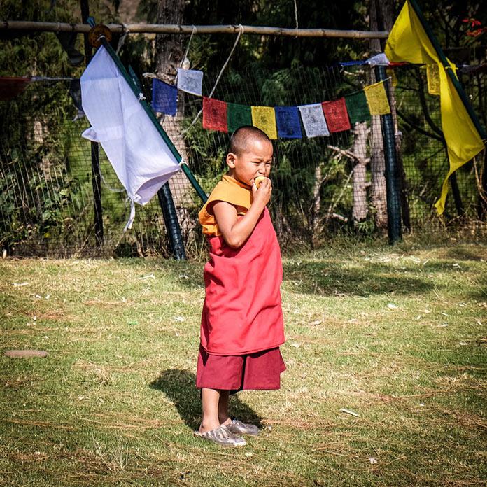 Мальчик. Этническая жизнь в Бутане. Bhutan Life