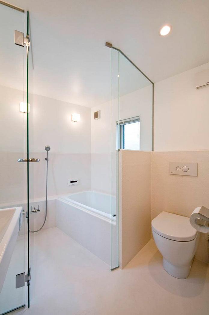 Ванная комната. Мини-дом в Японии, проект Mizuishi Architects Atelier