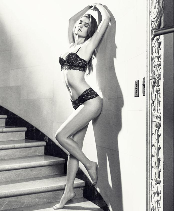 Елизавета Илам - мисс март 2017 американского Playboy