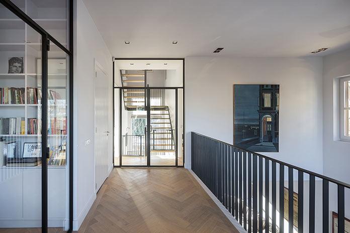 Лестница в семейном доме в Амстердаме