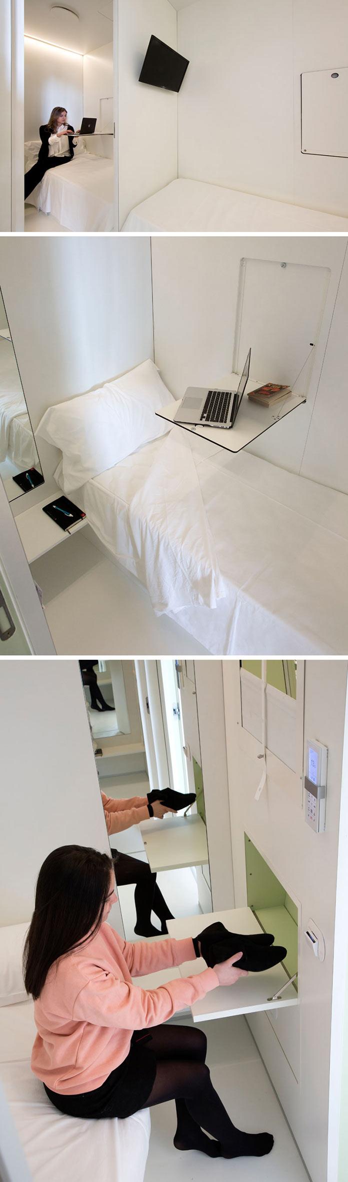 Комната, откидной столик и место для хранения. Капсульный отель Bed&Boarding в аэропорту Неаполя