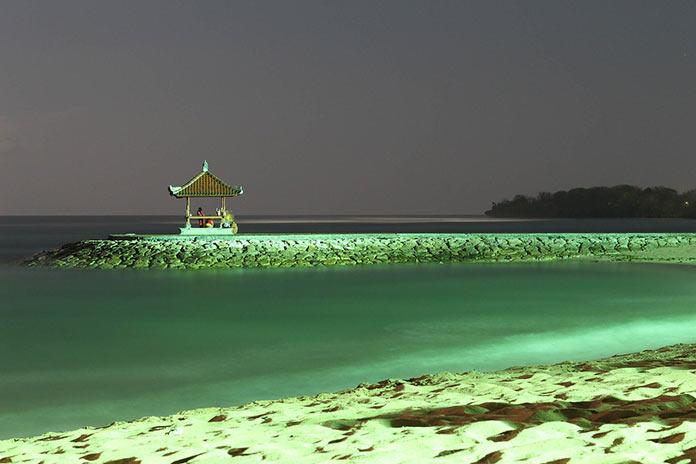 Бали, ночной пляж