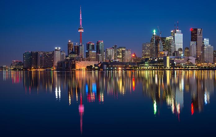 Канада, городские огни