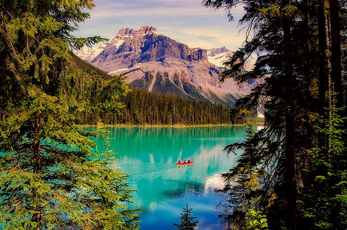 Канада, Альберта, озеро Эмеральд