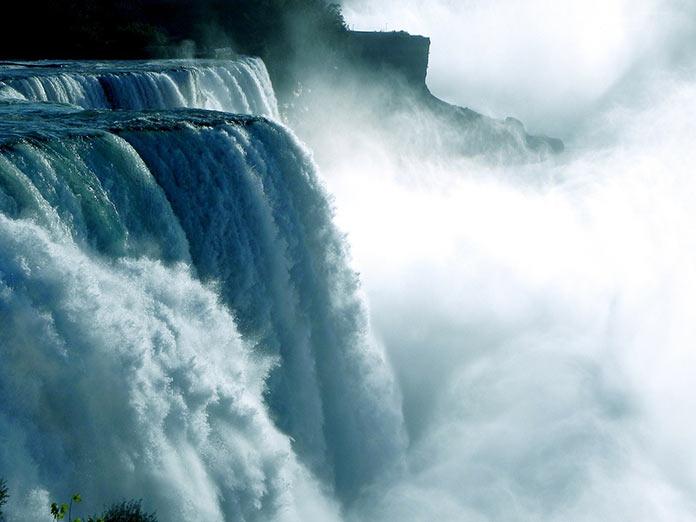 Канада, Ниагарский водопад