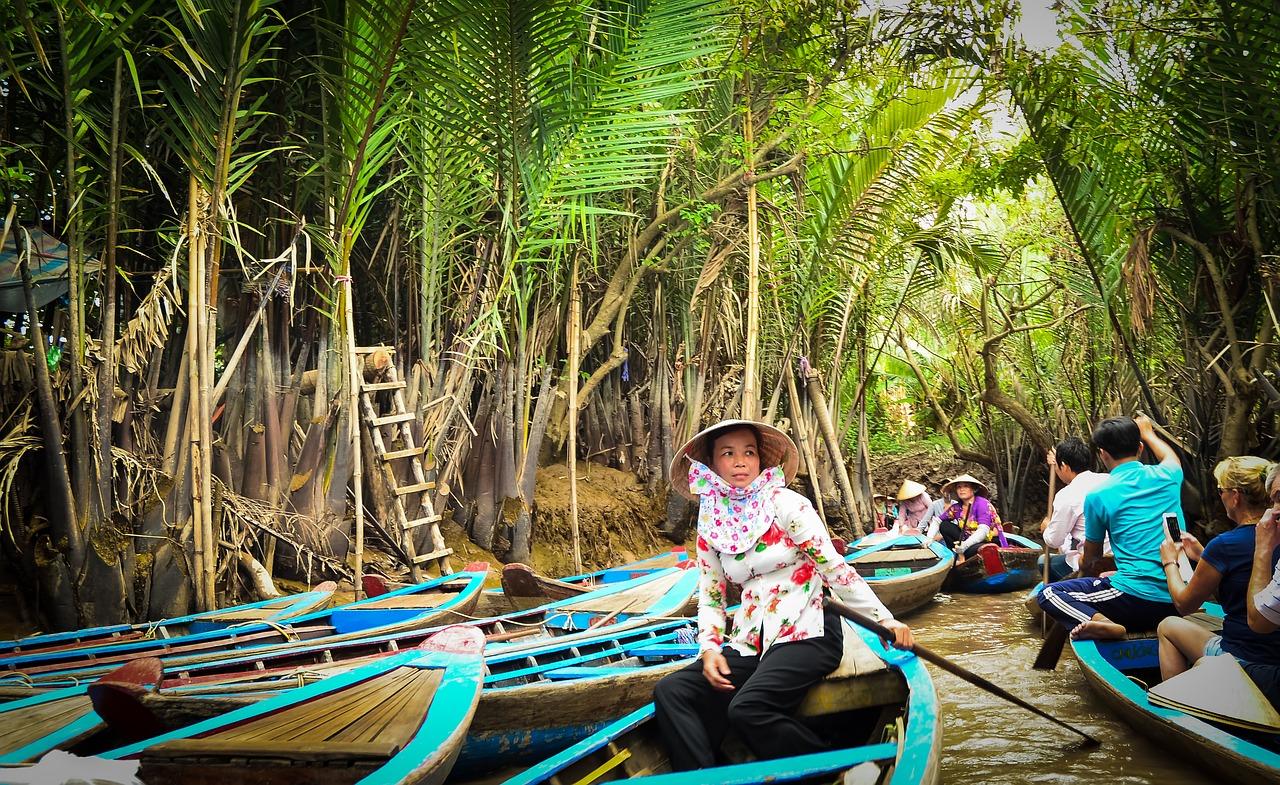 Вьетнам, люди, лодки