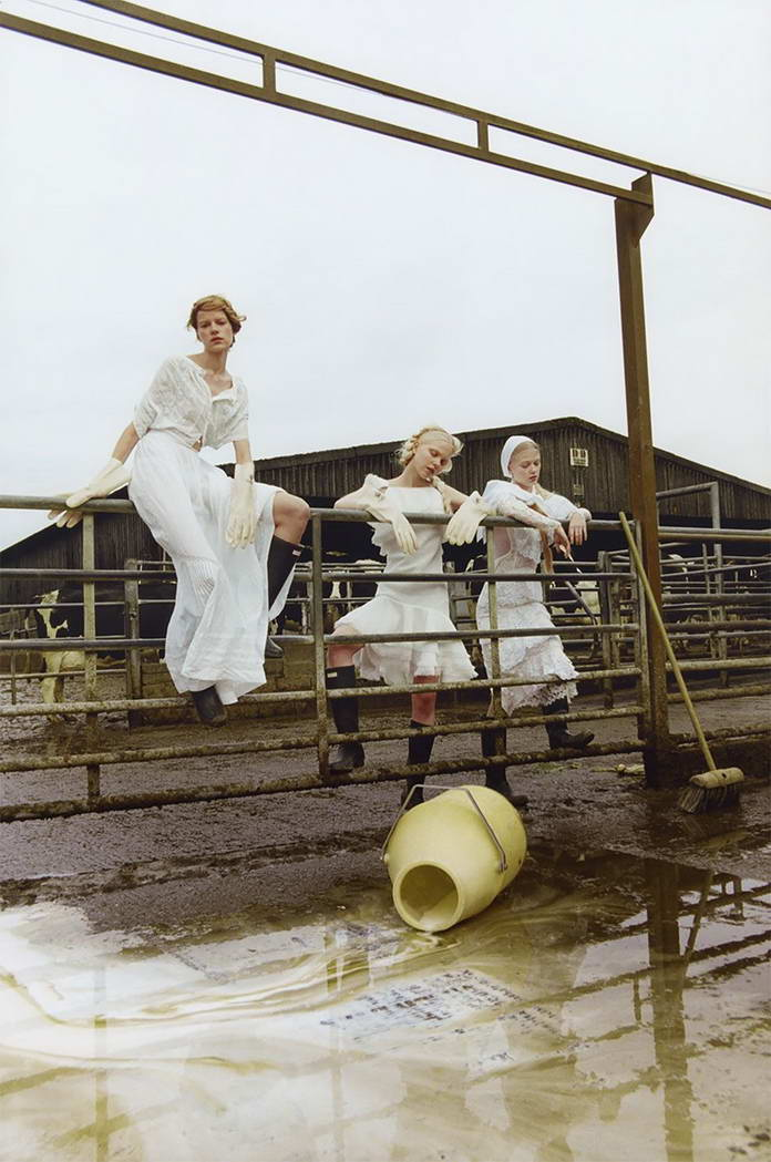 Михаль Пуделка, девушки на заборе, арт-фото