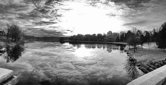 Восход солнца в парке Баффало, штат Делавэр.
