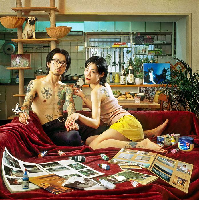 Люди в окружении своих вещей. Снимки Мами Кийоши
