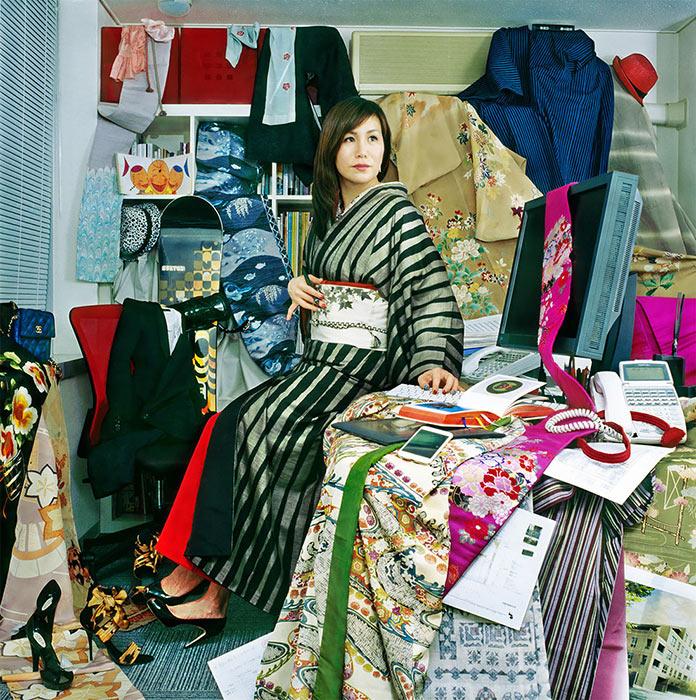 Мияко Кумагаи. Люди в окружении своих вещей. Снимки Мами Кийоши