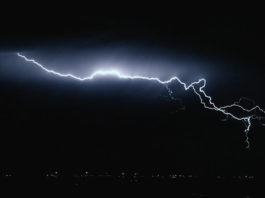 Trancient. Lightning in Slo-Mo Video by Dustin Farrell