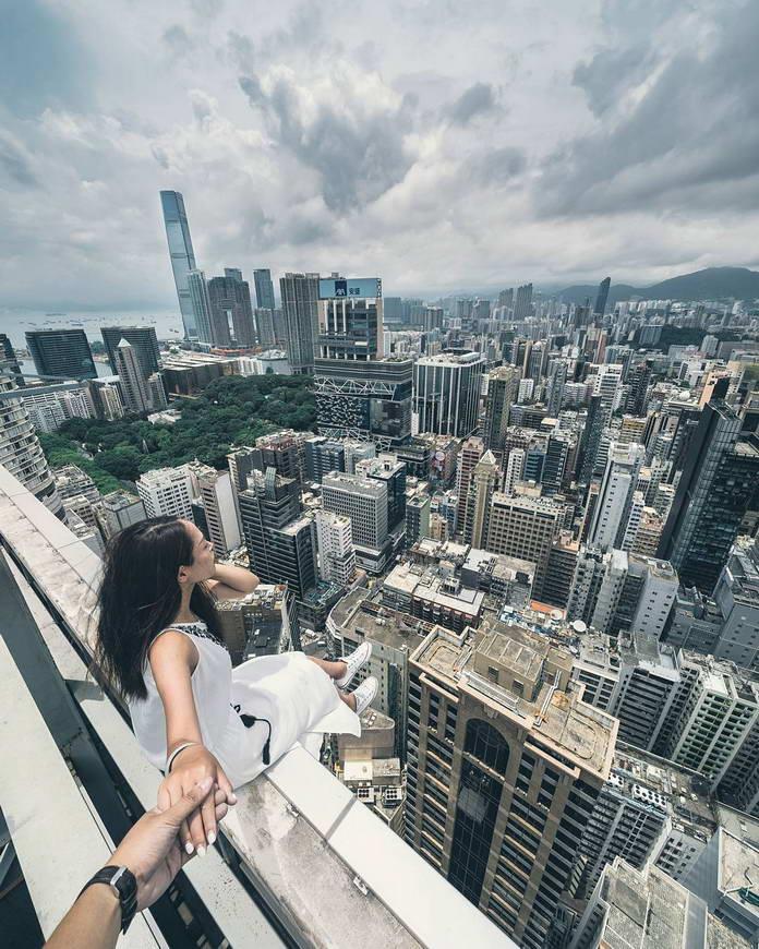 Гонконг, Китай, вид на город с высоты, урбанизация, городской пейзаж, девушка