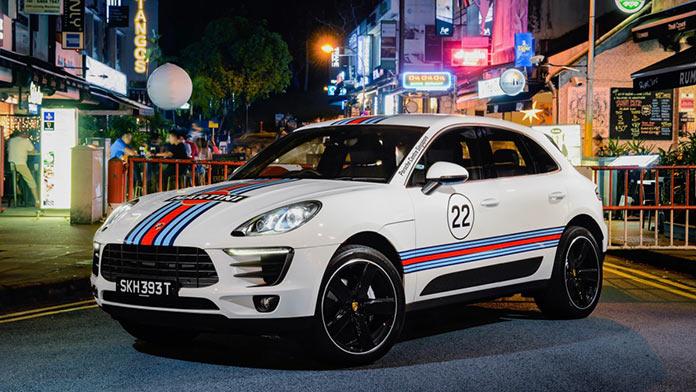 Porsche Macan in Martini Racing Design, Голландская деревня, Сингапур