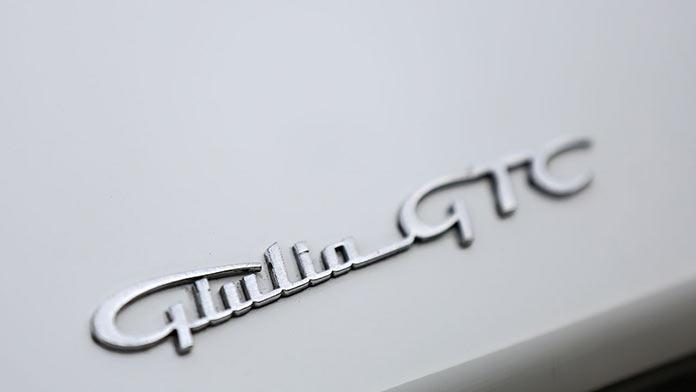 Шильдик Alfa Romeo Giulia GTC 1966 года