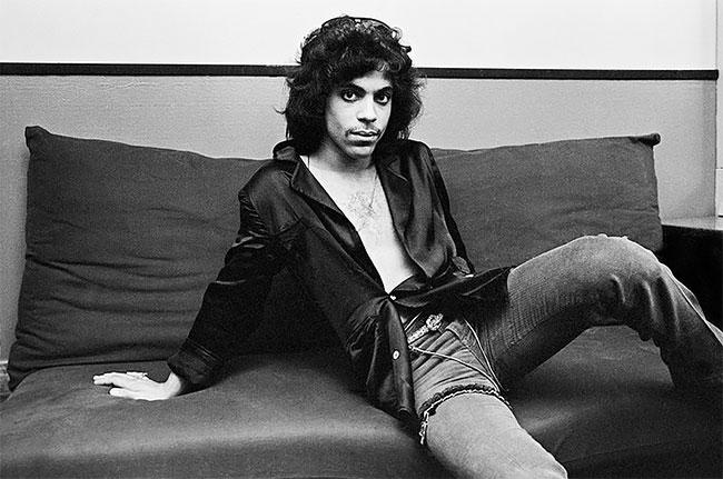 Prince. Старые фото артистов и певцов из 1980-х