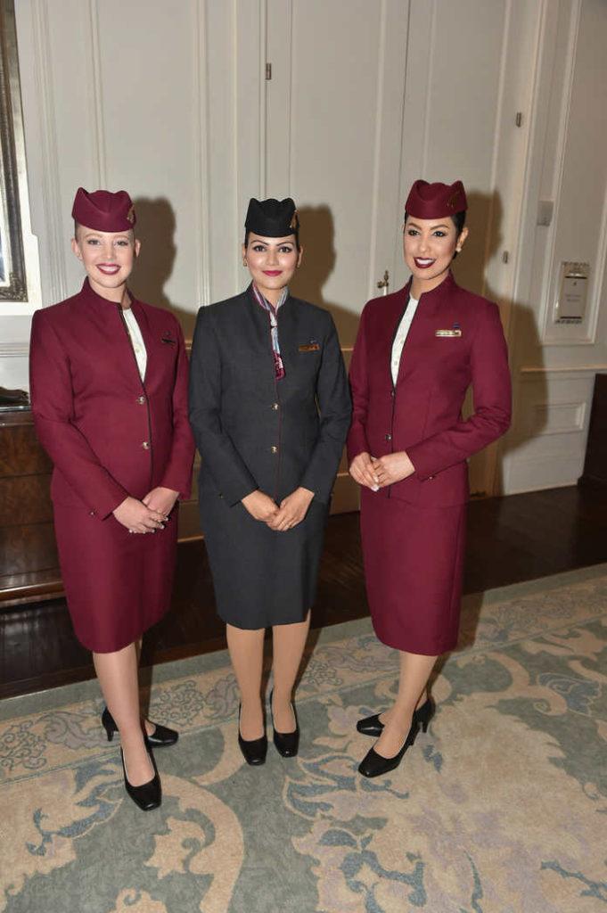 Форма бортпроводников авиакомпании Qatar Airways