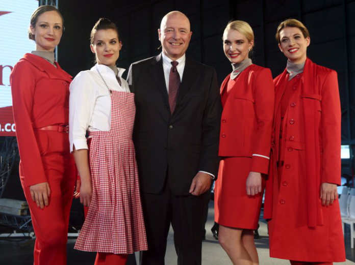 Форма бортпроводников авиакомпании Austrian Airlines