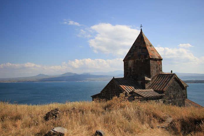 Армения, монтастырь на озере Севан