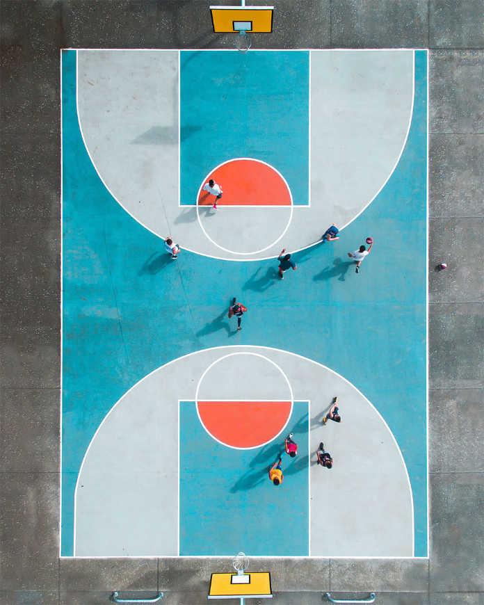 Резиновый мяч. Фотографии-победители конкурса аэро-фото SkyPixel Photo Contest 2017
