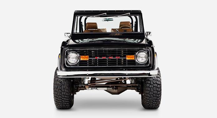 Обновленный Ford Bronco 1971 года, вид спереди