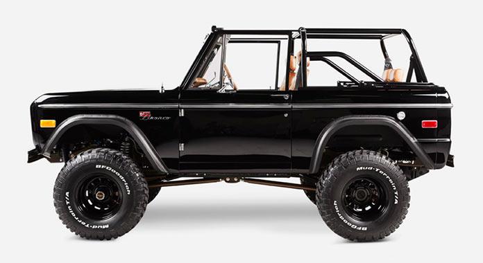 Обновленный Ford Bronco 1971 года, вид сбоку