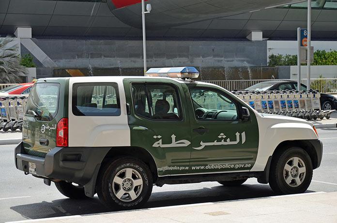 Полицейская машина в Дубае