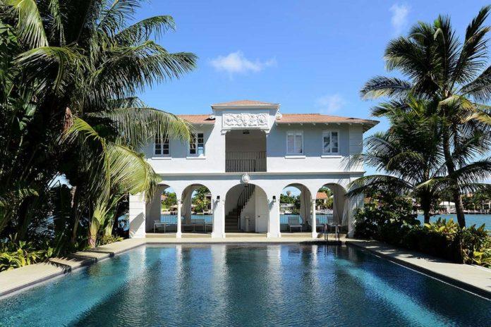 Бассейн. Резиденция гангстера Аль Капоне в Майами