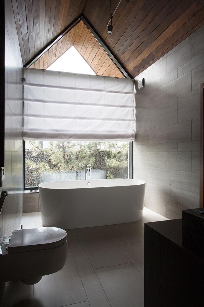 Ванная комната. Дом в стиле лофт в Ростовской области от архитектурной студии Чадо
