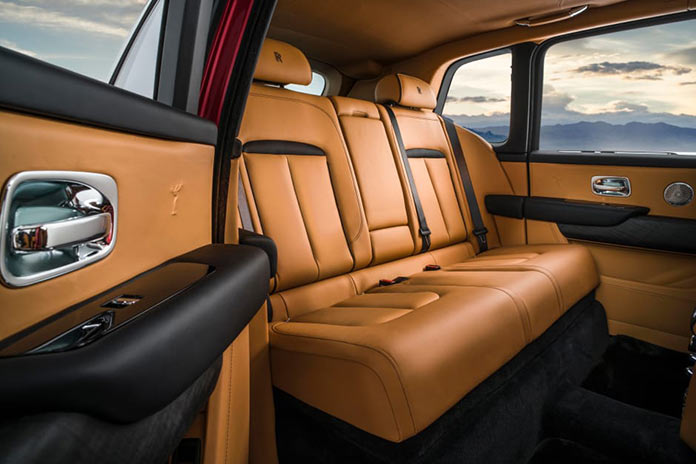 Интерьер Rolls-Royce Cullinan SUV