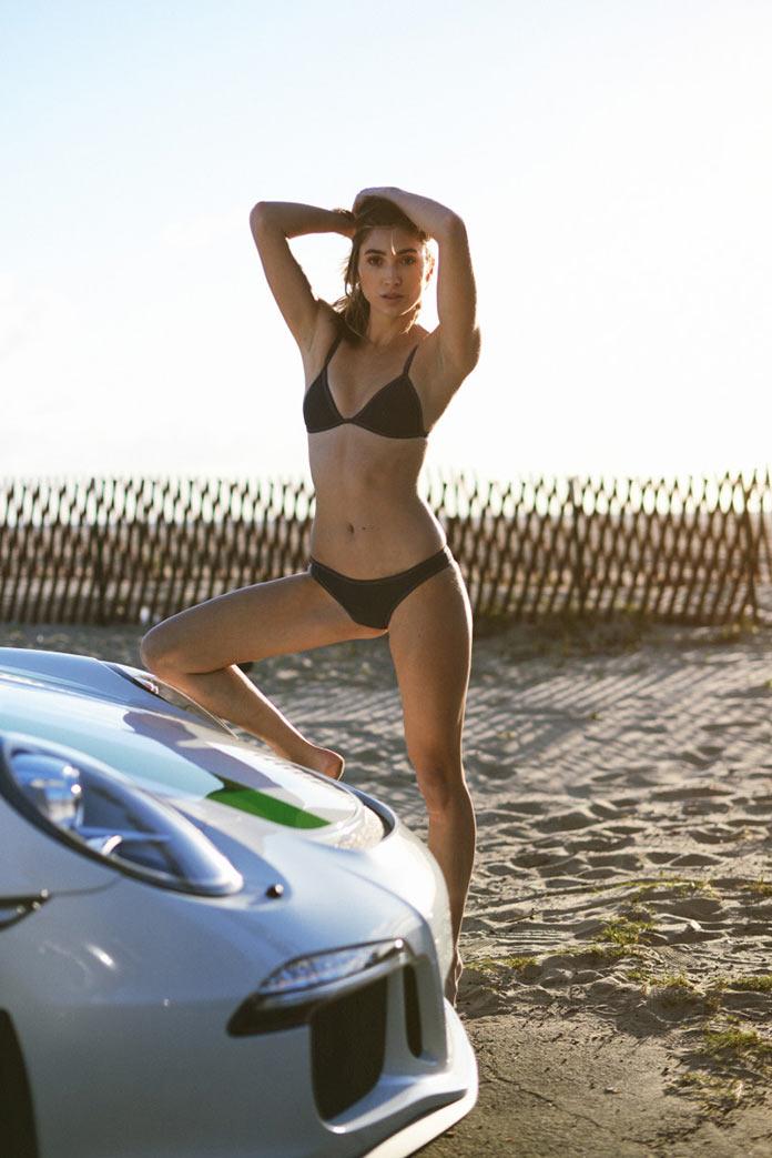 Красавица и спорткар. Модель Кейси Уотсон и Porsche 911