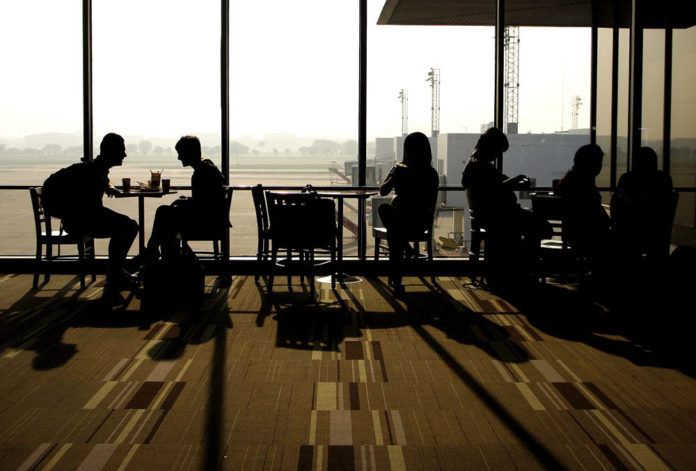 Дешево поесть в аэропорту
