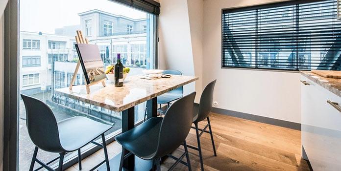 Столовая. Апарт-отель на подъемном кране в Амстердаме