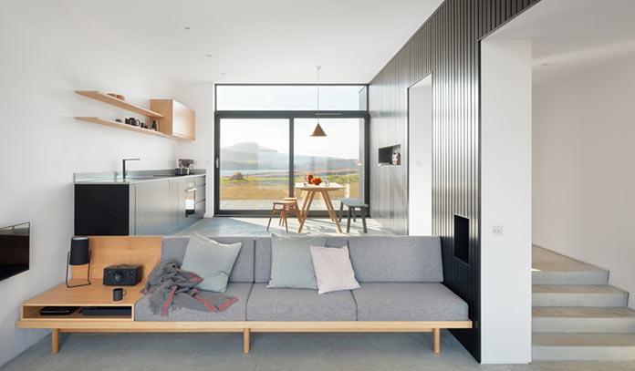 Гостиная Мини-дом Black H House на острове Скай в северной Шотландии