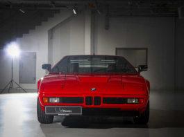 Красный раритетный BMW M1
