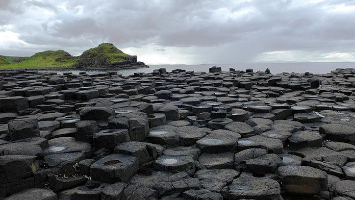 Ирландия, скалы у моря