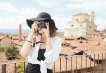 Турист, фотограф, женщина с фотоаппаратом