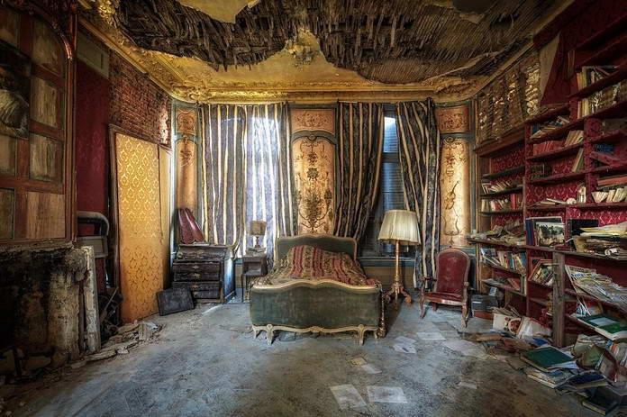 Заброшенная спальня